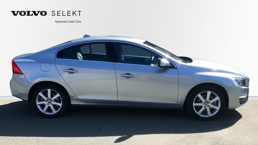 Volvo S60 D3 SE Lux Nav Manual (Driver Support Pack, Adaptive Cruise, Full Leather, Winter Pack, Nav)