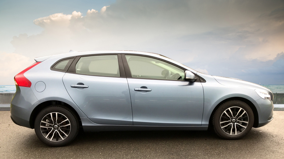 Volvo V40 D2 Momentum Delivery Miles Rear Park Assist