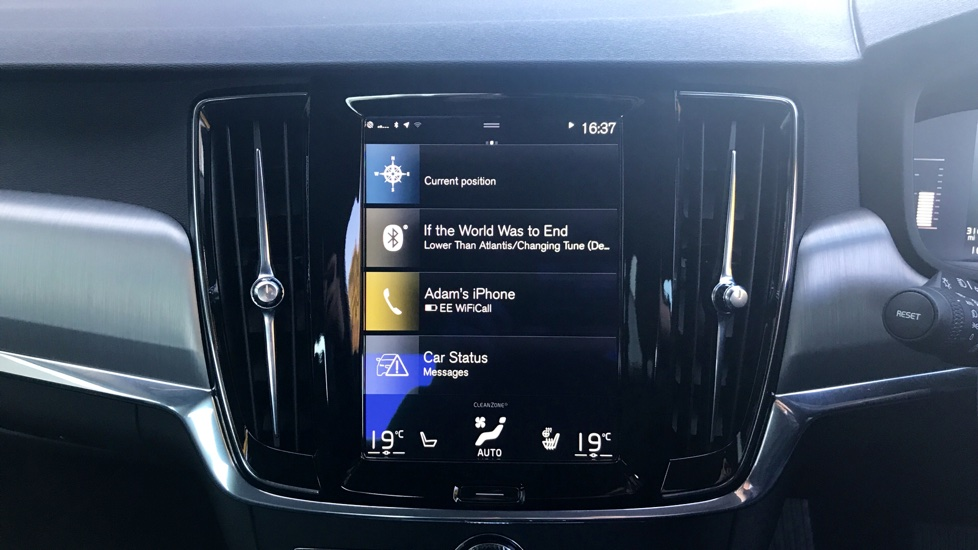 Volvo S90 0% Finance + 2 Yr Service Plan (T&Cs) D4 [190] Momentum Pro Automatic