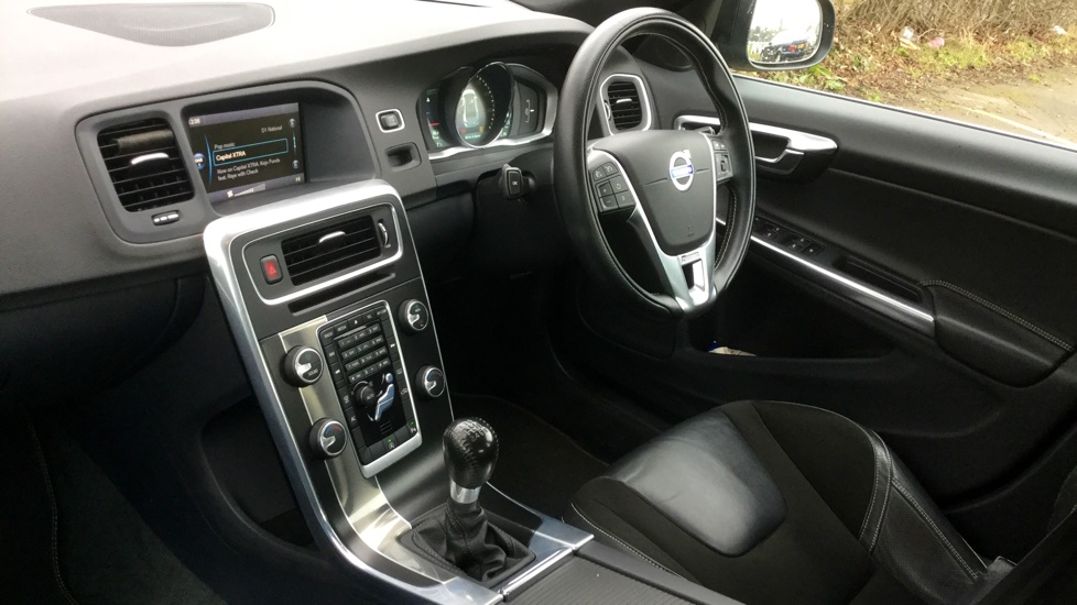 Volvo S60 D3 R-DESIGN Nav