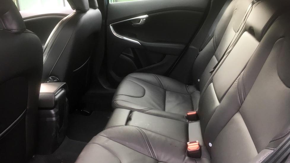 Volvo V40 D2 Inscription 2.0D Manual, Leather Interior, Sat Nav, Volvo On-Call,