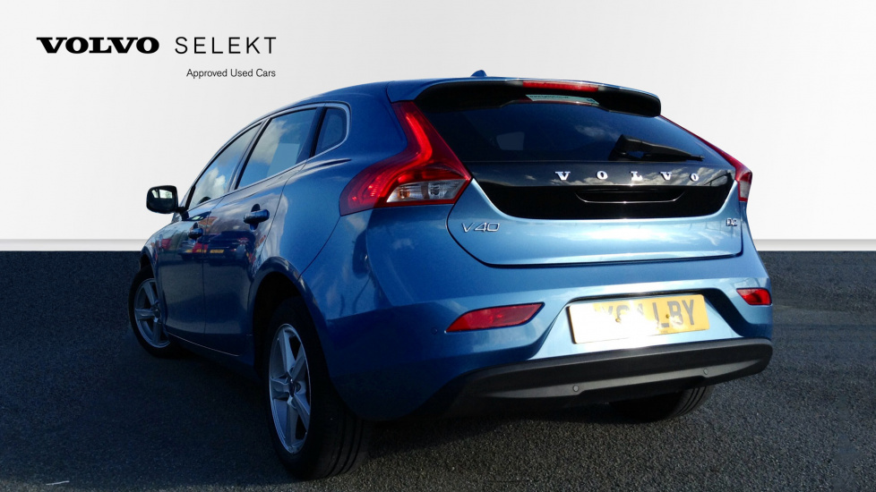 Volvo V40 D2 SE Heated Front Seats, Rear Park Assist, Cruise Control