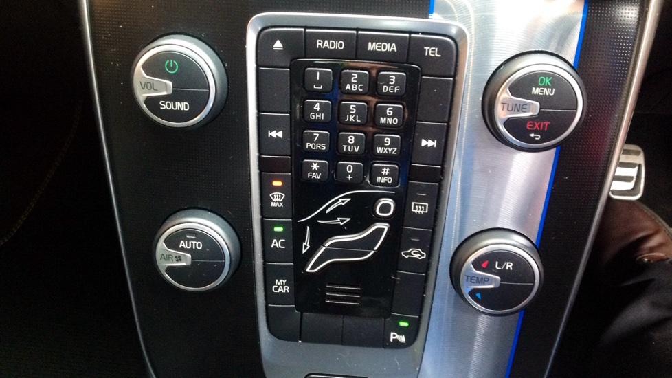 Volvo V40 D2 R-Design Manual
