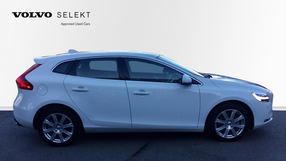 Volvo V40 D3 Inscription Automatic Winter Pack, Bluetooth Xenium Pack