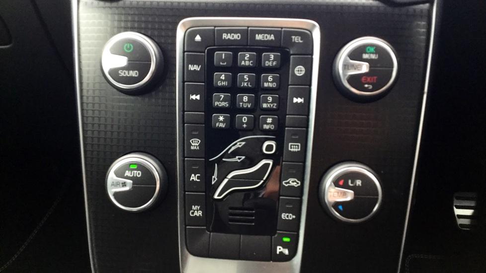 Volvo V40 D2 R-Design Nav Plus Automatic