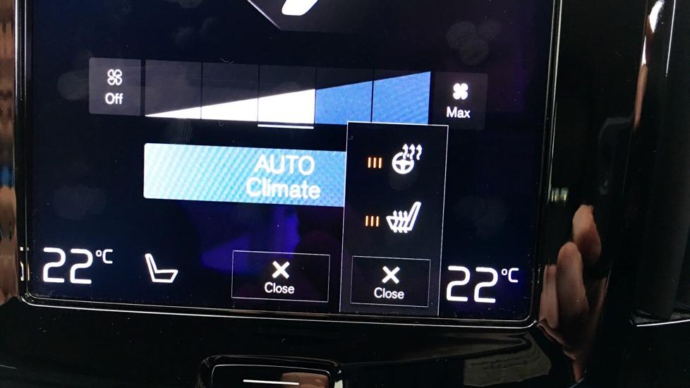 Volvo S90 D4 Momentum Automatic, Heated Seats, Heated Steering Wheel, Leather, Bluetooth