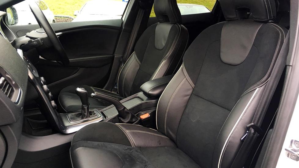 Volvo V40 D3 R-Design Manual Nav Plus Model, Bluetooth, Rear Tints, Winter Pack