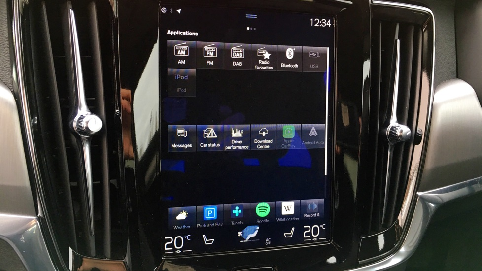 Volvo S90 D4 Momentum Pro Automatic Parking Camera, Front Park Assist, Active TFT