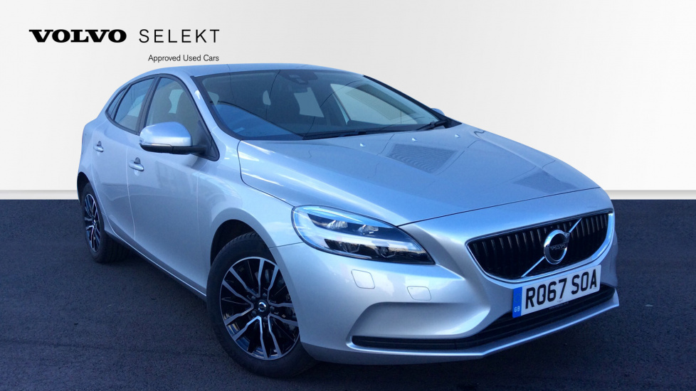 Volvo V40 T2 Momentum Manual Nav Plus