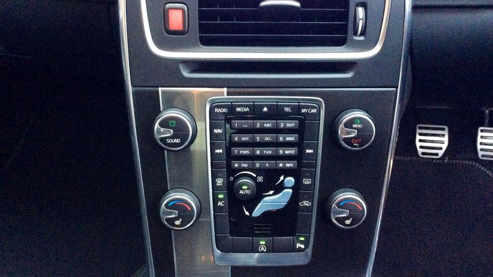 Volvo S60 D2 (115) R-Design Lux Nav (Satellite Navigation, Winter Pack, Park Assist, DAB Radio)