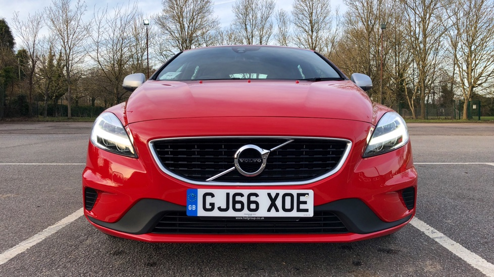 Volvo V40 T2 R-Design Automatic Rear Park Assist 0% APR Available, 2 services for £199