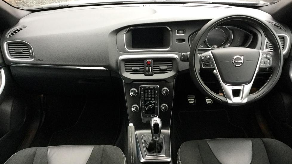 Volvo V40 D4 R-Design Manual Nav Plus, Intellisafe