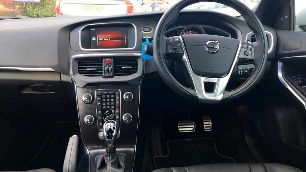 Volvo V40 T2 (Huge Spec) R-Design Pro Automatic