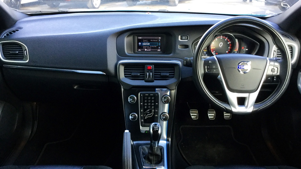 Volvo V40 T2 R-Design Man