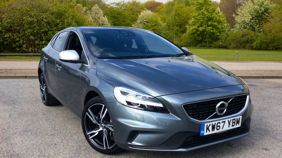 Volvo V40 T2 Petrol 120hp R Design Pro Auto With LED Headlights & Adaptive Cruise Control 1.5 Automatic 5 door Hatchback (2017) image