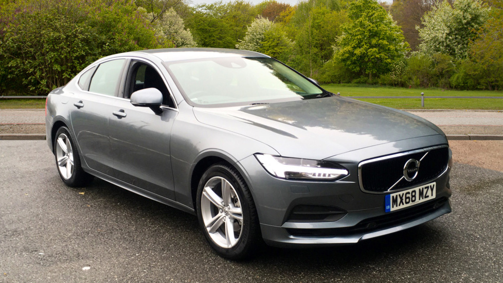 Volvo S90 2.0 D4 Momentum Nav Auto with Winter Pack, Smartphone Integration & 18inch Double Spoke Alloys Diesel Automatic 4 door Saloon (2018) image