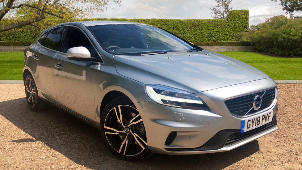 Volvo V40 D3 R-Design Pro Auto Front Park Assist, Winter Pack, Harmon Kardon Audio 2.0 Diesel Automatic 5 door Hatchback (2018) image