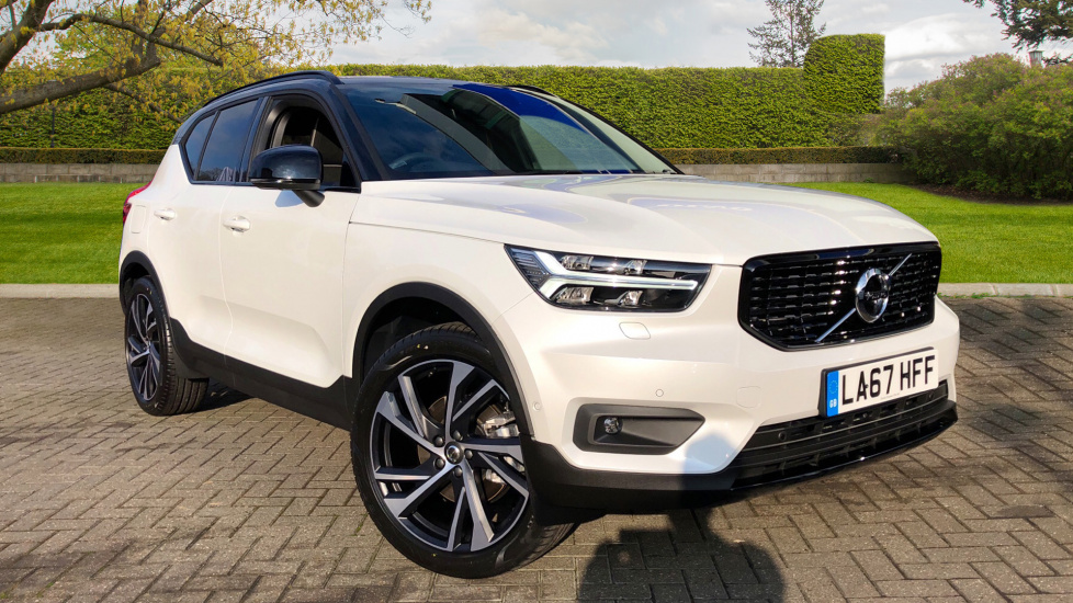 Volvo XC40 D4 First Edition AWD Auto W. Crystal White Premium Metallic \u0026 Panoramic Sunroof 2.0 Diesel Automatic 5 door Estate (2018) & Volvo XC40 D4 First Edition AWD Auto W. Crystal White Premium ...