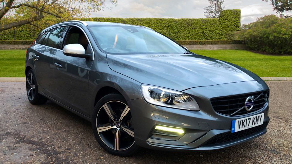 Volvo V60 D3 - Car Reviews 2018