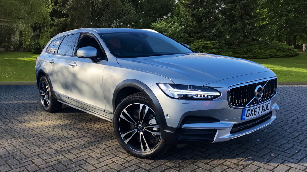 Volvo V90 2.0 D5 PowerPulse Cross Country AWD Geartronic Diesel Automatic 5 door Estate (2017) at Volvo Horsham thumbnail image