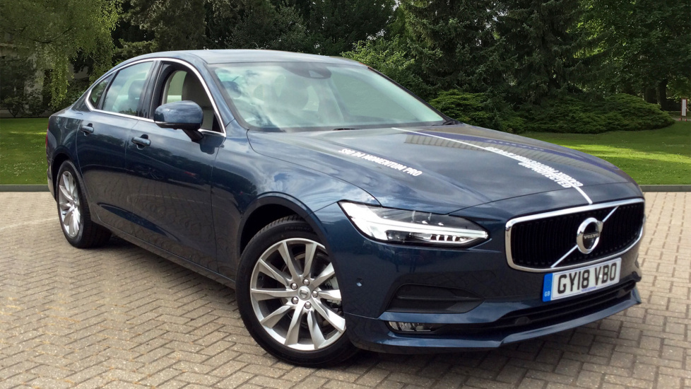 Volvo S90 D4 Momentum Pro With Sunroof & 12inch Active TFT Display 2.0 Diesel Automatic 4 door Saloon (2018) image