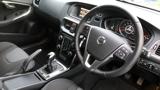 Volvo V40 D2 MOMENTUM ICE WHITE+DAB RADIO