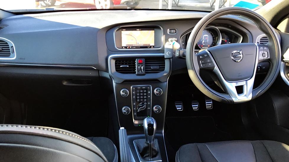 Volvo V40 D2 R-Design Manual Nav Plus