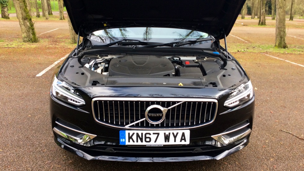 Volvo S90 D5 (235 bhp) PowerPulse AWD Inscription 8 Speed Automatic, Pilot Assist Winter Pack, LED Headlamps, Full Nappa Leather, Adaptive Cruise Control