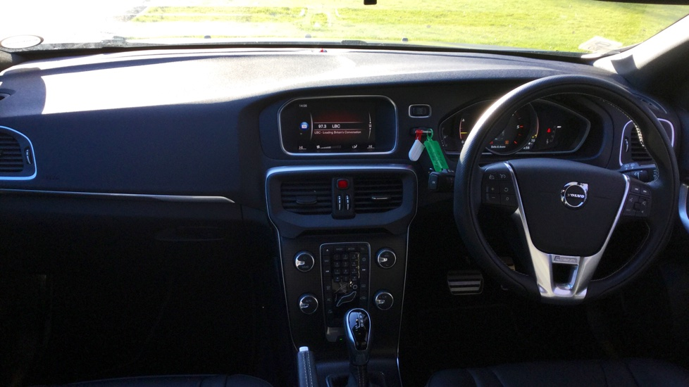 Volvo V40 D4(190) R-design PRO Automatic