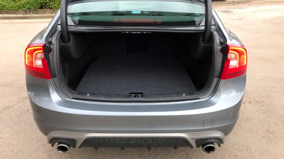 Volvo S60 D4 R-DESIGN NAV+WINTER PACK