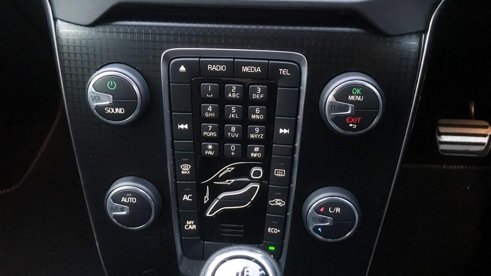Volvo V40 T2 R-Design Automatic Leather Interior Park Assist