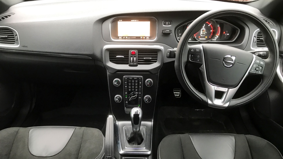 Volvo V40 D2 R-Design Nav+ Winter Pk
