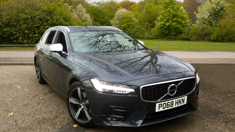 Volvo V90 2.0 D4 R DESIGN with Winter Pack and Front-Rear Park Assist Diesel Automatic 5 door Estate (2018) image