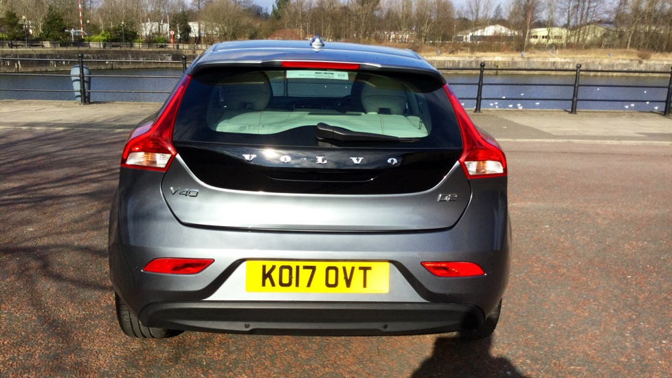 Volvo V40 D2 Momentum Manual Nav Plus with Heated Front Seats and Sensus Nav