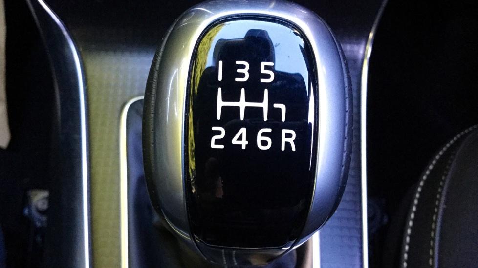 Volvo V40 D3 R-Design Manual with Sensus Nav, Park Assist, DAB Radio & Bluetooth