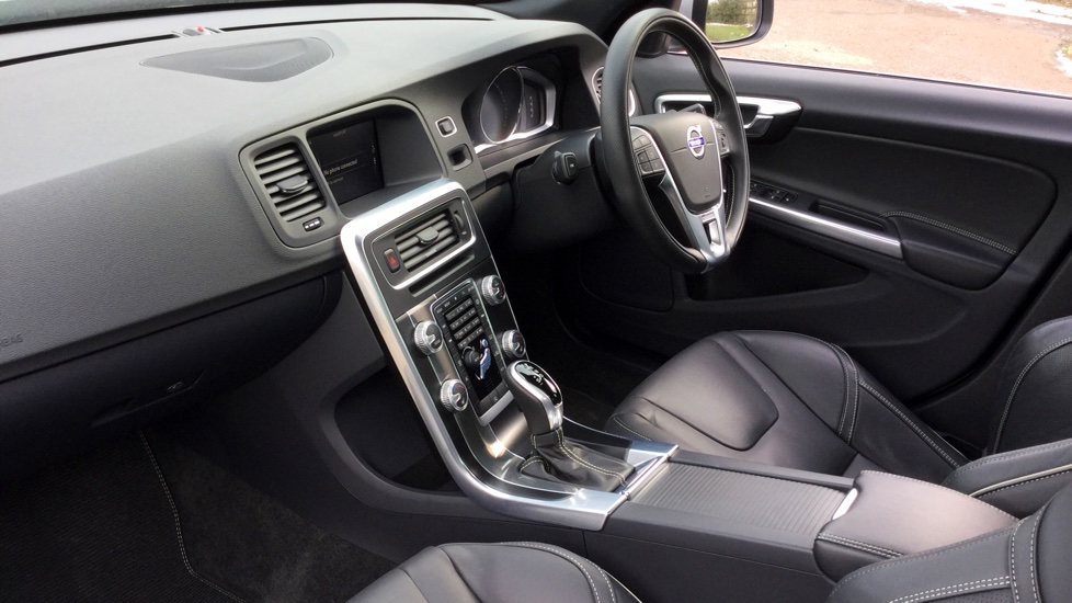 Volvo S60 D4 [190] R DESIGN Lux Nav Geartronic [Leather] image 3