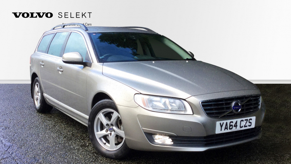 Volvo V70 D5 [215] Business Edition 5dr with Sensus Navigation & Rear Park Assist 2.4 Diesel Estate (2015) image