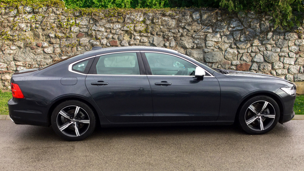 Volvo S90 D4 R-Design (Adaptive Cruise, Winter Pack, Park Pilot)