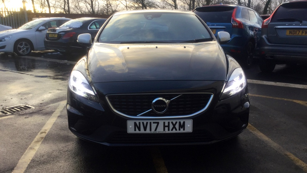 Volvo V40 D2 2.0 R-Design Pro Manual