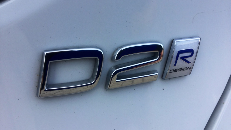Volvo V40 D2 2.0 R-Design Pro Manual
