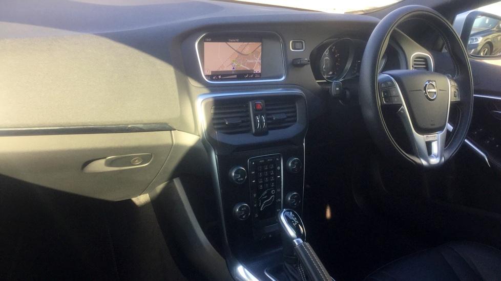 Volvo V40 T2 1.5 R-Design Pro Automatic