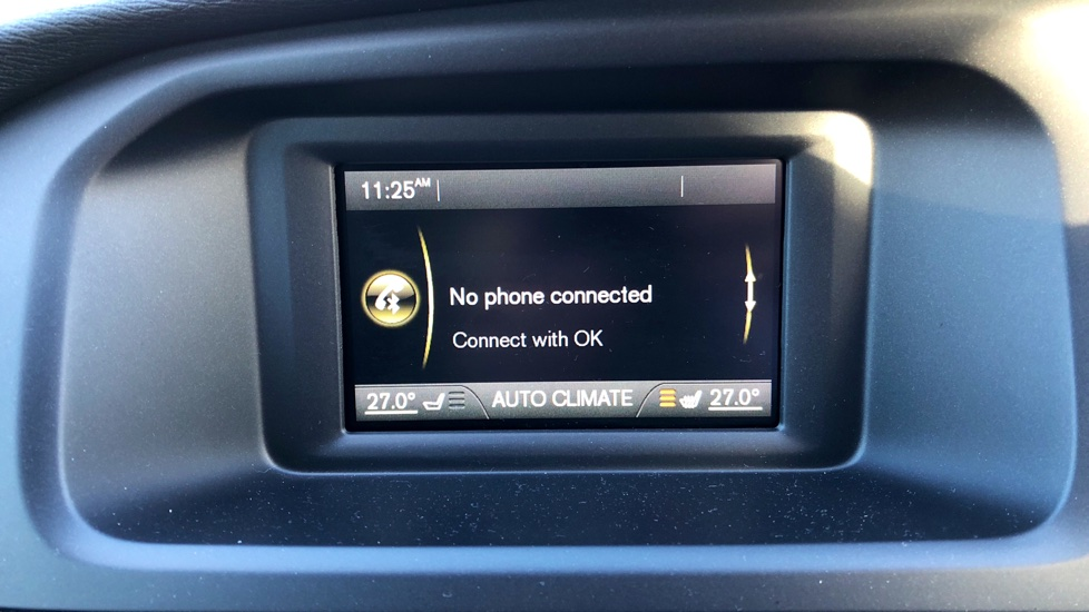 Volvo V40 T2 R-Design Manual (Bluetooth, DAB)