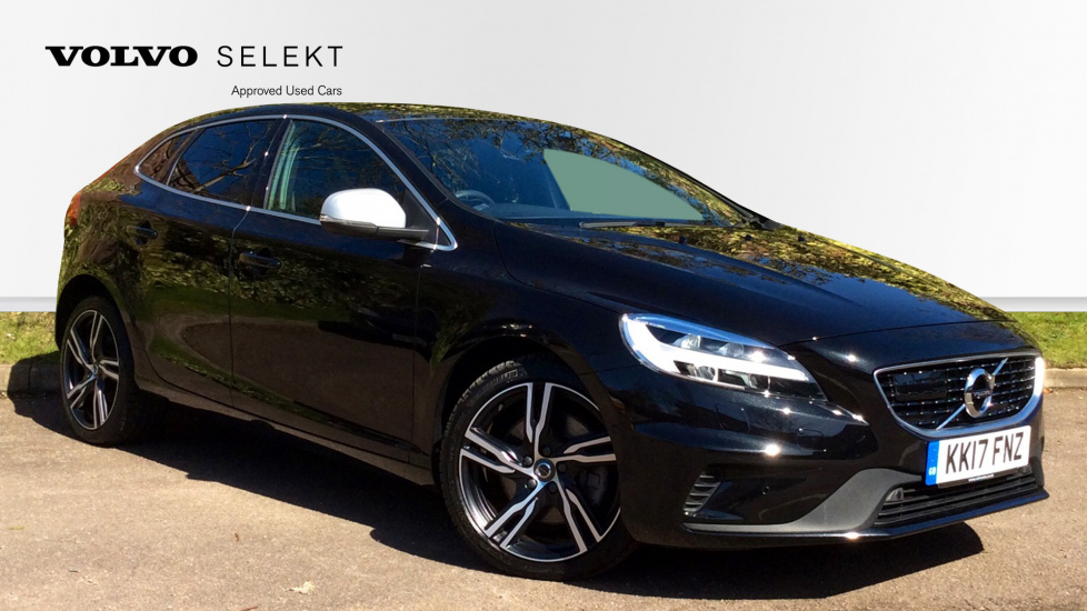 Volvo V40 (Intellisafe Pro+Winter Plus Pack+Xenium Pack) D4 190bhp R-Design Pro Automatic