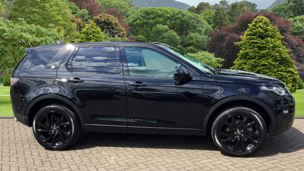 used land rover discovery sport hse black td4 black fm66fwo