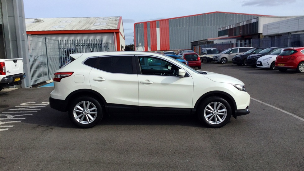 bassetts nissan - used cars - nissan qashqai 1.2 dig-t acenta