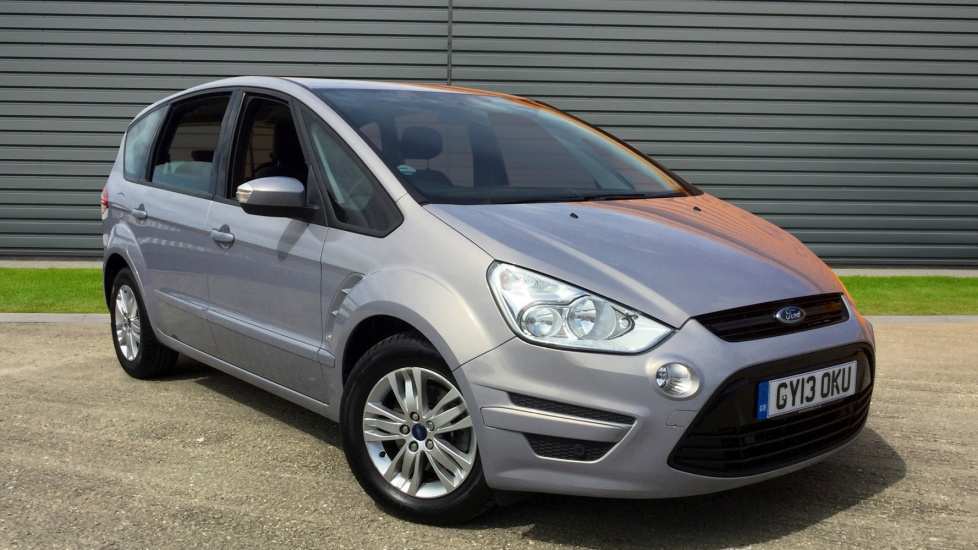 2013 (13) Ford S-MAX 2.0 TDCi 140 Zetec 5dr Powershift For Sale In Winchester, Hampshire