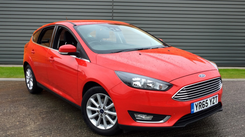 2015 (65) Ford Focus 1.5 TDCi 120 Titanium Navigation 5dr For Sale In Chichester, West Sussex
