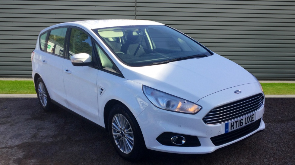 2016 (16) Ford S-MAX 2.0 TDCi Zetec For Sale In Portsmouth, Hampshire