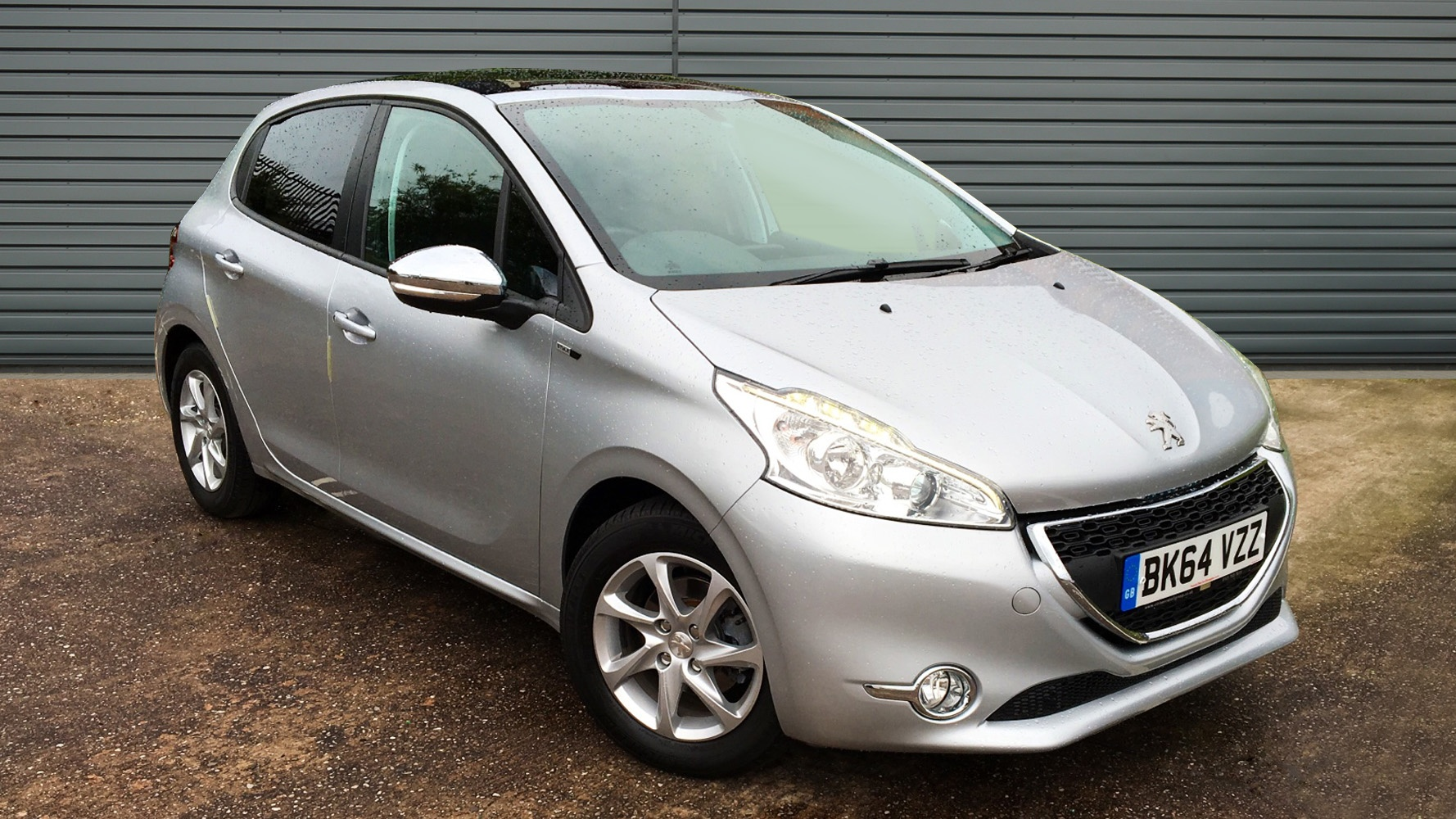 used peugeot 208 hatchback 1 2 vti style 5dr 2014 bk64vzz. Black Bedroom Furniture Sets. Home Design Ideas