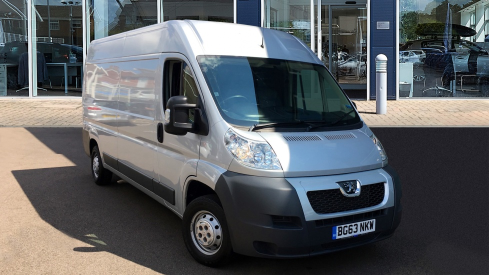 Used Peugeot BOXER Panel Van 2.2 HDi 335 L3 H2 High Roof Van 4dr
